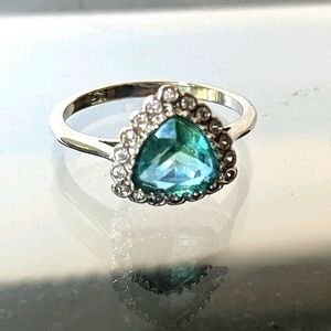 Fragrant Jewels Size 8 Halo Poppy Ring